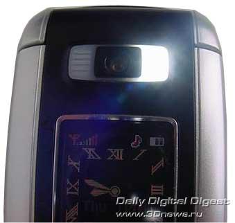 фото смартфон Samsung D730