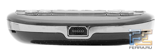 Нижний торец Fly Q100 TV