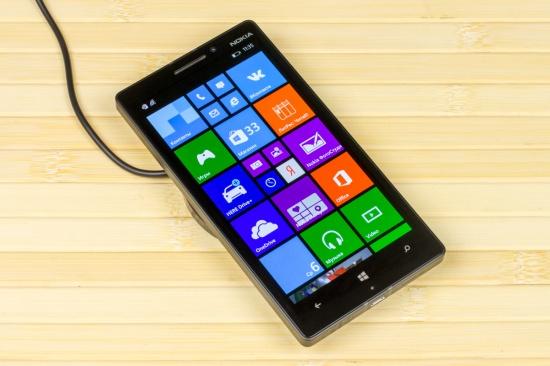 Экран Nokia Lumia 930