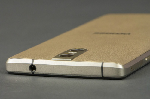 Doogee BL7000 характеристики обзор смартфона с батареей на 7060 mAh