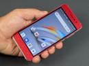 Обзор S-TELL M580: простой 3G смартфон на Android Go