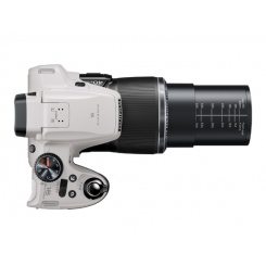 Fujifilm FinePix S8200 - фото 2