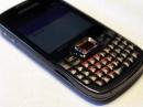 QWERTY-смартфон Samsung Omnia Pro B7330 на фотографиях