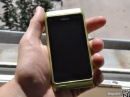 Зеленая Nokia N8 на живых снимках