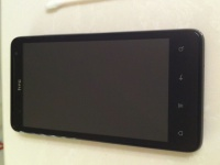 Фото HTC Holiday, первого телефона AT&T с 4G LTE