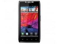 В Великобритании начались продажи смартфона Motorola RAZR