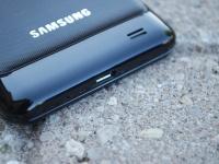 Продажи Samsung Galaxy S III могут начаться в апреле