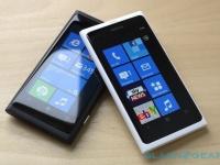 Nokia Lumia 800 в белом цвете вышел в России