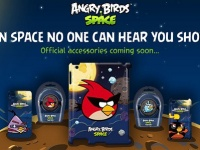 GEAR4: коллекция футляров и наушников в стиле Angry Birds Space
