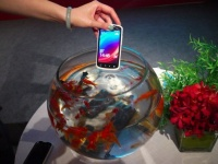 В Китае представлен телефон под управлением облачной операционной системы