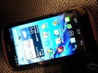 Смартфон Acer V360: «живые» фото и данные о «железе»