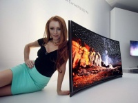 CES 2013: Samsung анонсировала первый в мире OLED телевизор дугообразной формы