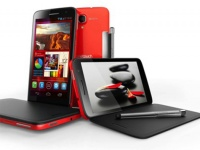 MWC 2013: Alcatel представила еще два новых смартфона - One Touch Scribe Easy и One Touch Snap