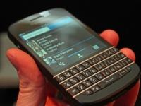 В Сети появились первые фото недорогого смартфона BlackBerry R10