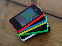 Nokia официально представила новый сенсорный Asha 501