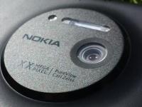 Камерофон Nokia EOS получит металлический корпус