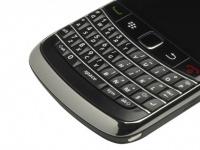 BlackBerry готовит к анонсу бюджетный смартфон BlackBerry 9720