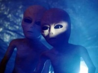 Тизер: Samsung помогают инопланетяне