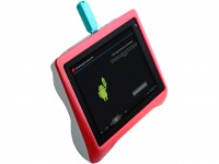 QUMO Kids Tab – детский планшет с 4-ядерным процессором и IPS-дисплеем