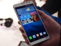 Ascend Mate 7 — окончательное название нового флагманского фаблета Huawei