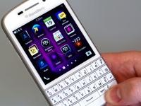 BlackBerry Classic представлен в новом цвете корпуса