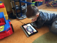 Большой планшет – большие возможности. Prestigio MultiPad MUZE 5001 3G: В руках у ребенка