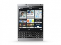 Анонсирован BlackBerry Passport Silver Edition с Qwerty-клавиатурой