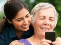 Телефон для пожилого человека: тонкости и нюансы выбора