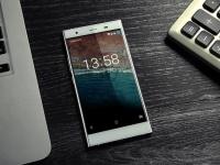 Ультратонкий Doogee Y300  получит HD-экран и ОС  Android 6.0