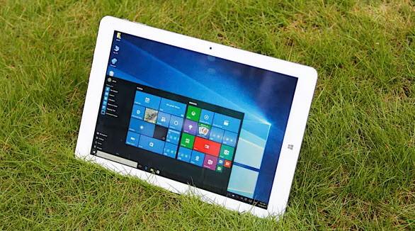 Планшет Chuwi Hi12 с двумя ОС оснащен 12-дюймвым дисплеем разрешением 2160 x 1440 пикселей и 4 ГБ оперативной памяти