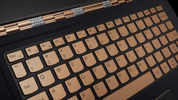 Yoga 900S: Lenovo презентовала очередного представителя портативных систем серии Yoga