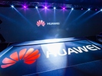 Huawei приглашает на VR-презентацию нового смартфона Honor