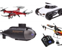 Акция на радиоуправляемые игрушки: квадрокоптеры, вертолеты, катера и субмарины