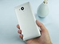 Vernee Apollo выйдет в качестве главного конкурента Xiaomi Redmi Pro