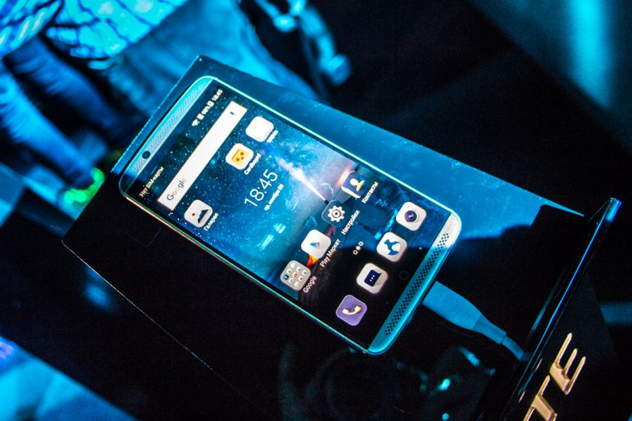 Официальный начало продаж телефонов — ZTE вУкраинском государстве