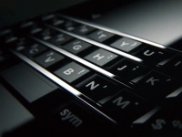 Видеотизер BlackBerry Mercury обещает ему QWERTY-клавиатуру