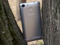 Видеообзор смартфона ARCHOS 55b Cobalt от портала Smartphone.ua!