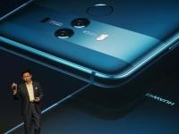 Huawei готовит складной смартфон