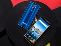 Новый OUKITEL K5 получит 5,7-дюймовый полноэкранный дисплей 18: 9 и большую батарею