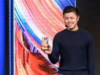 Xiaomi официально представила на рынке Украины безрамочный смарфтон Mi Mix 2