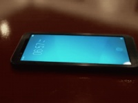 Смартфон Vivo с новым сканером отпечатков пальцев засветился в ролике