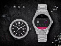 Умные часы TAG Heuer Connected Modular 45 Full Diamond стоят, как Bentley Bentayga