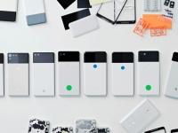 Глава Made by Google показала прототипы Pixel 2