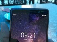 Безрамочный смартфон Nokia 7+ показался на живом фото