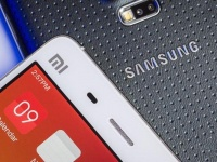 Xiaomi и Samsung продолжают спорить, кто из них лидирует на рынке смартфонов Индии