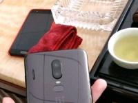XDA нашел подтверждение дизайна OnePlus 6 в стиле iPhone X