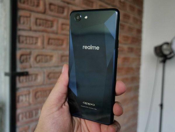 Oppo Realme 1 новая линейка смартфонов
