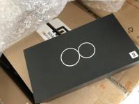 Коробка Xiaomi 8 (Mi8) на фото