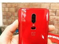 Визуализация красной версии OnePlus 6
