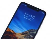Pocophone F1 от Xiaomi: все расцветки и варианты по памяти